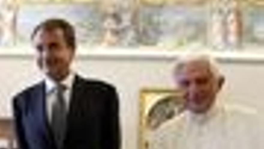 El Papa Benedicto XVI y el presidente del Gobierno, José Luis Rodríguez Zapatero