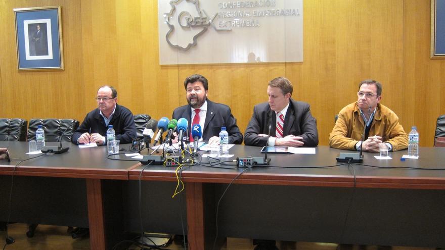 Empresarios de Extremadura niega que haya fraude en los cursos de formación de 2011