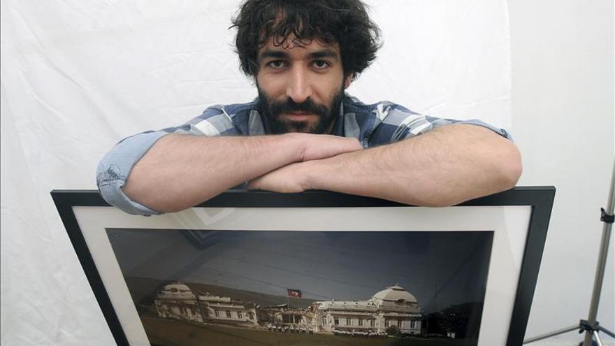 Andrés Martínez Casares recoge el Premio Nacional de Fotoperiodismo 2014