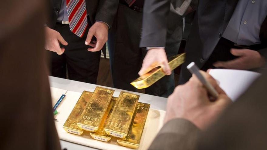 El oro sube casi el 5 % tras la victoria de Trump