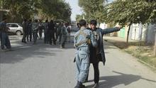 Los talibanes bloquean la principal carretera del sur de Afganistán