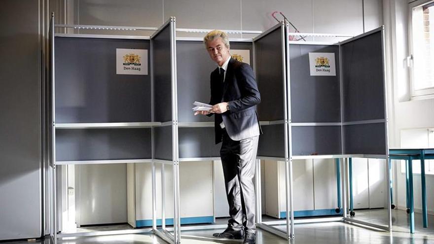 Los liberales ganarían los comicios en Holanda por estrecho margen frente a los eurófobos
