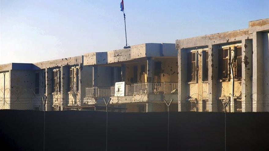Asesinan a tiros a cinco empleadas de un aeropuerto en Afganistán
