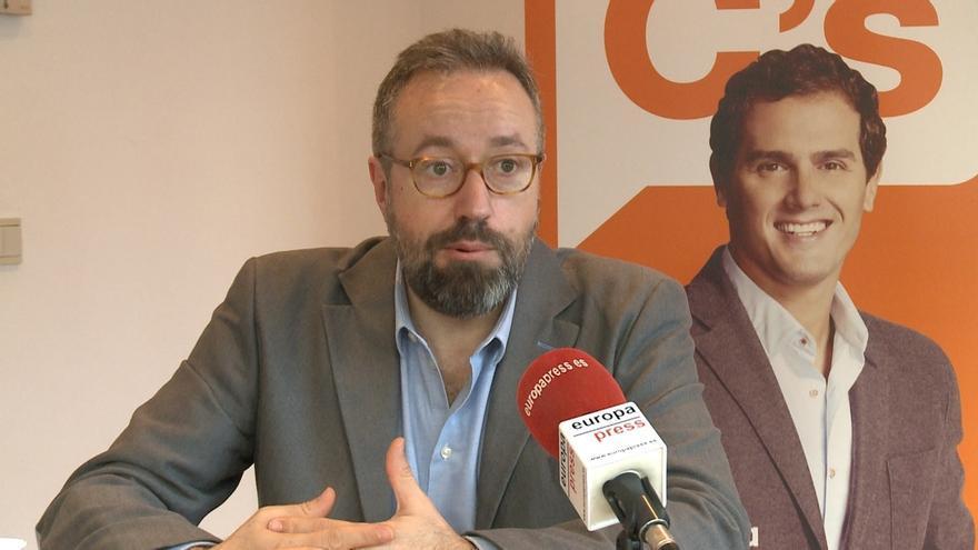 """Girauta lamenta que tardase tanto la investigación sobre los Pujol, """"una banda organizada con apariencia de familia"""""""