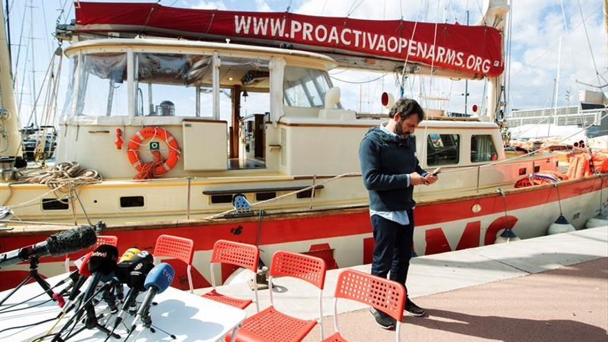 Open Arms acusa a la UE y a Italia de violar los derechos humanos en el Mediterráneo