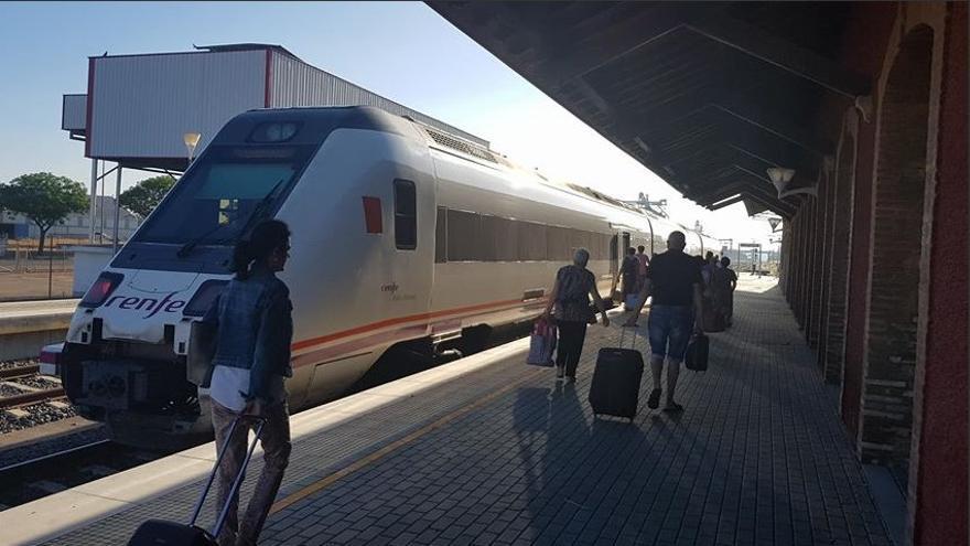 Estación Don Benito tren trenes Extremadura