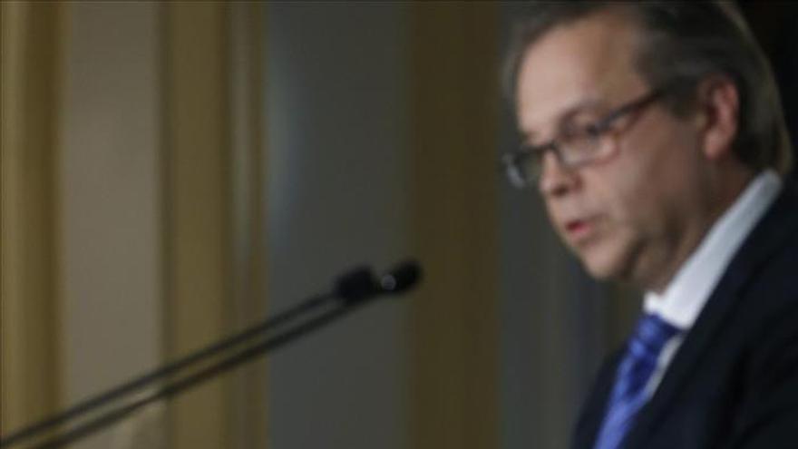 """Carmona se presenta como un """"dique"""" contra los conservadores y los agitadores"""