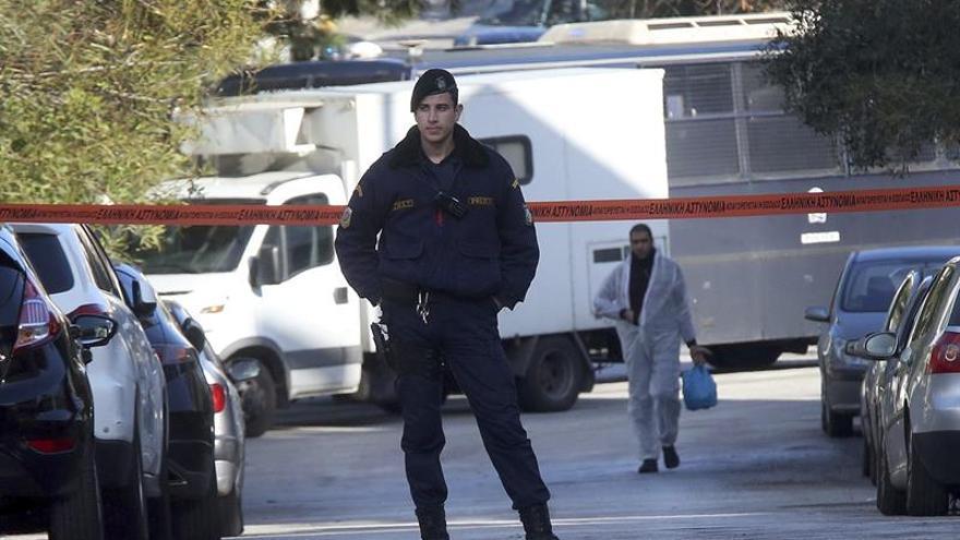 La policía griega examina ocho cartas sospechosas encontradas en oficina correos