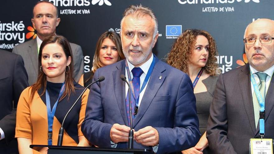 El presidente del Gobierno de Canarias, Angel Víctor Torres, inauguró este lunes el pabellón de Canarias en la World Travel Market de Londres
