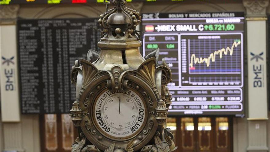 La Bolsa española baja el 0,35 por ciento en la apertura y pierde los 9.700 puntos
