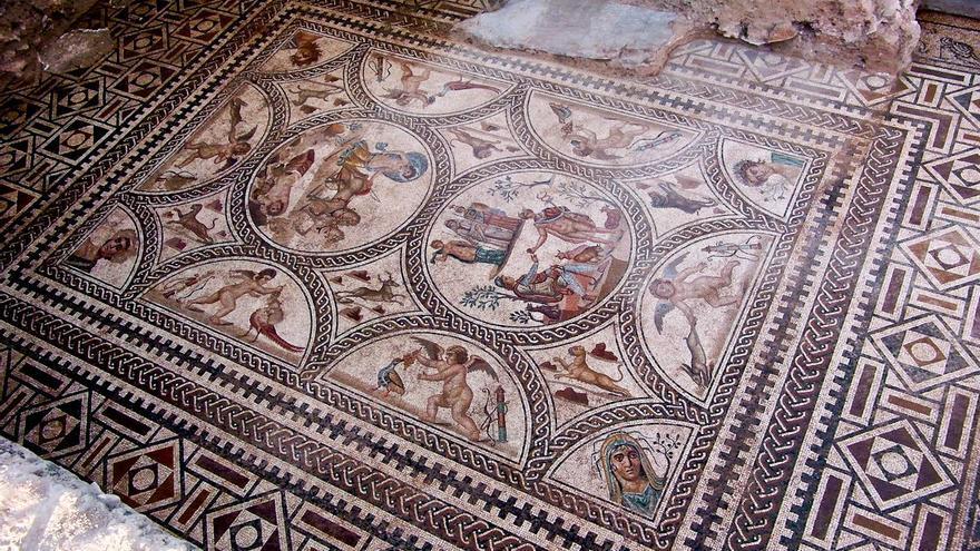 Mosaico de los Amores de la ciudad romana de Cástulo. VIAJAR AHORA