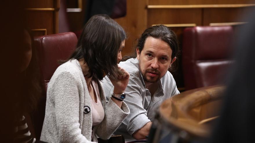 Militantes de Podemos no aceptan las explicaciones de Iglesias y Montero por la compra de su casa y muestran su malestar