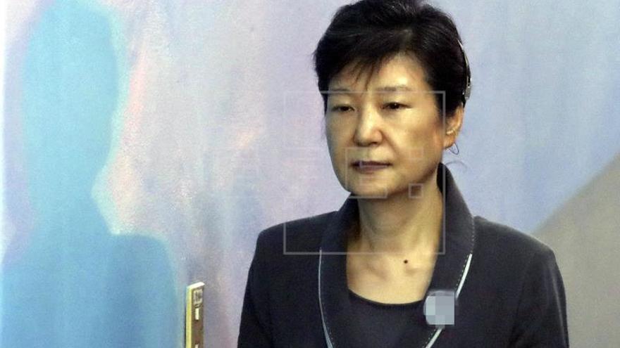 La expresidenta surcoreana Park no apelará su condena de 24 años de prisión