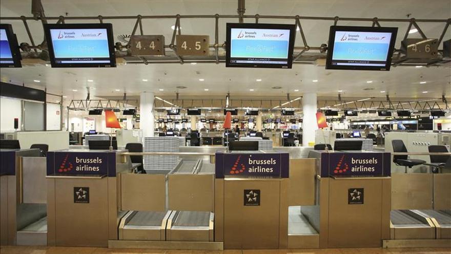 Unas 500 personas pasan noche en el aeropuerto de Bruselas por la avería eléctrica