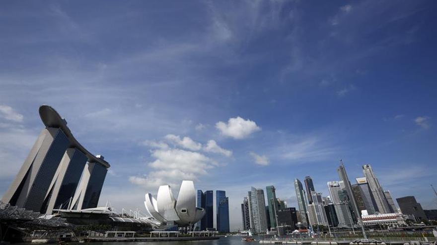 Singapur recorta su previsión de crecimiento en 2020 al 0,5 % por el COVID-19
