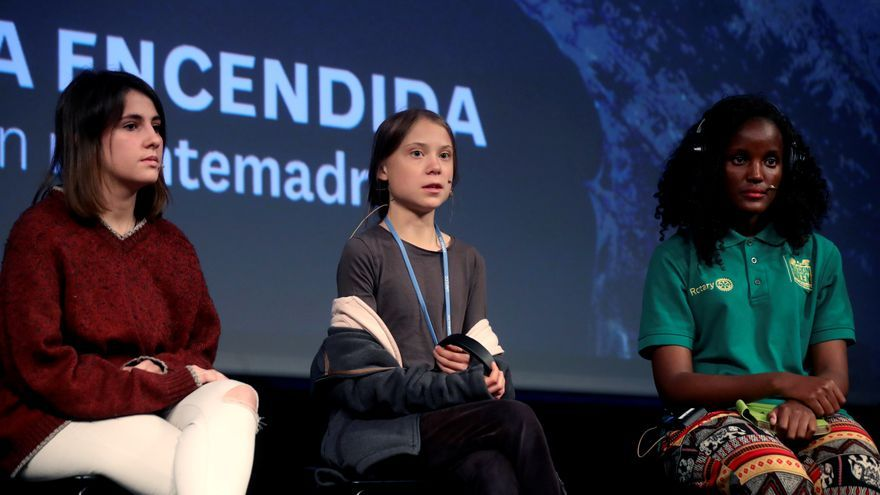 Joven ecologista ugandesa acusa a Berlín de coartar su libertad de expresión