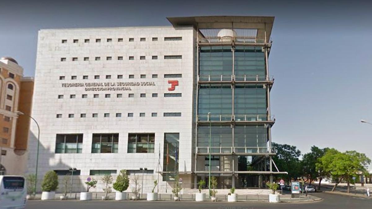 Oficinas centrales de la Seguridad Social en Sevilla.