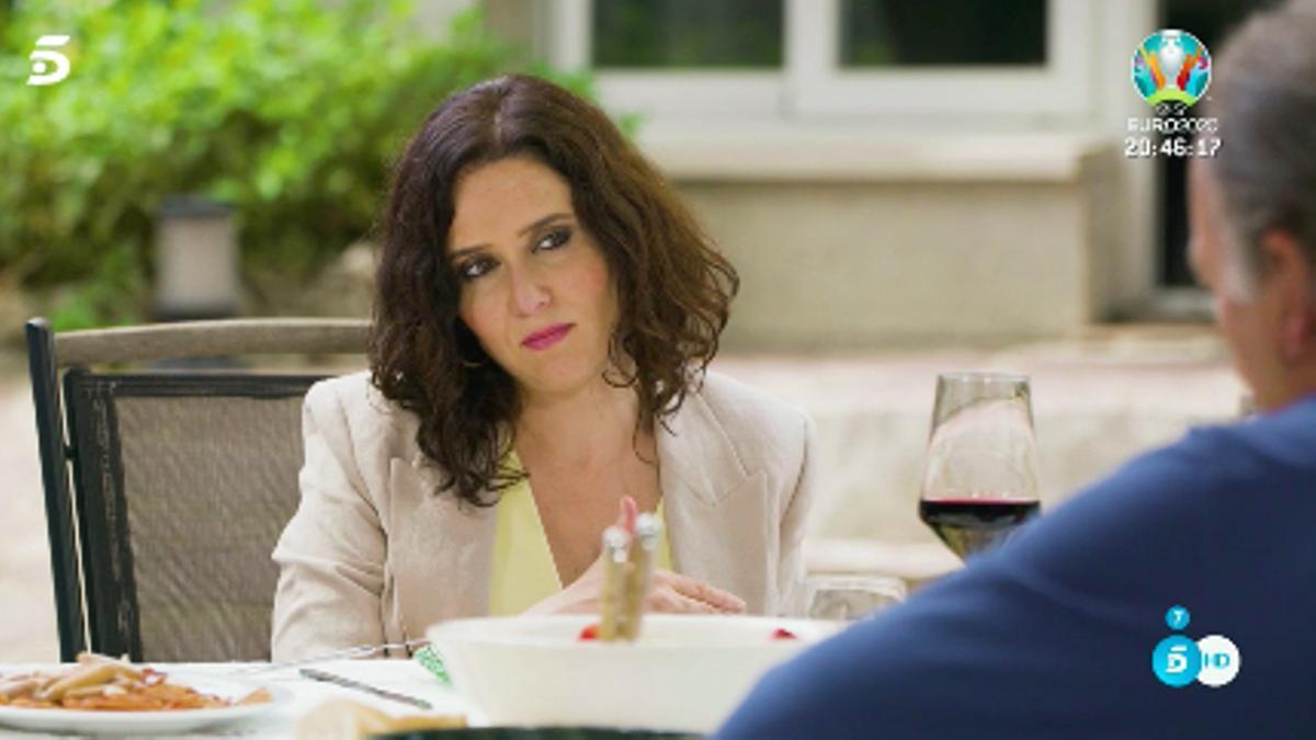 Isabel Díaz Ayuso comiendo junto a Bertín Osborne