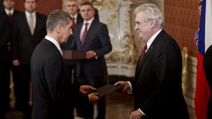 El Ministro de Finanzas checo acude a un juicio por colaborar con la policía comunista