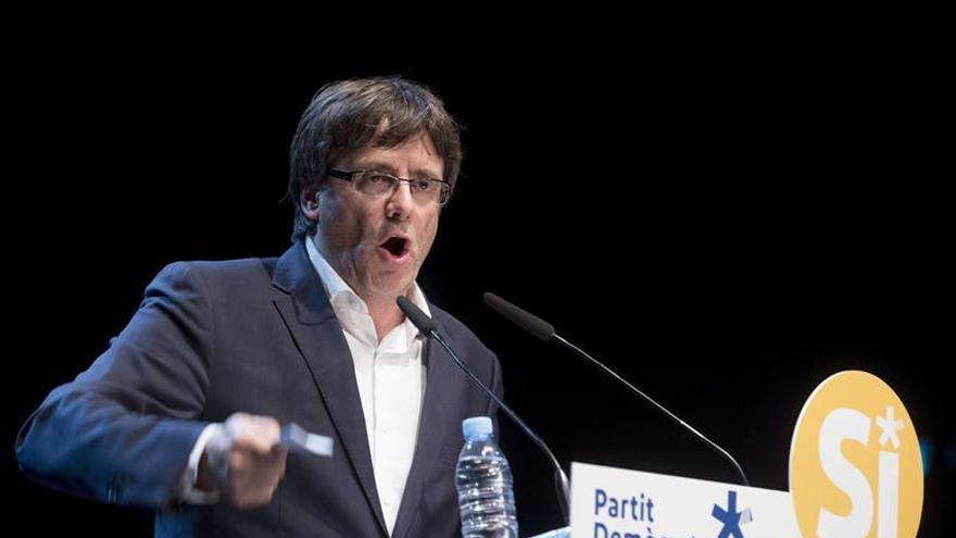 Puigdemont afirma que la Generalitat está preparada para ciberataques el 1-O