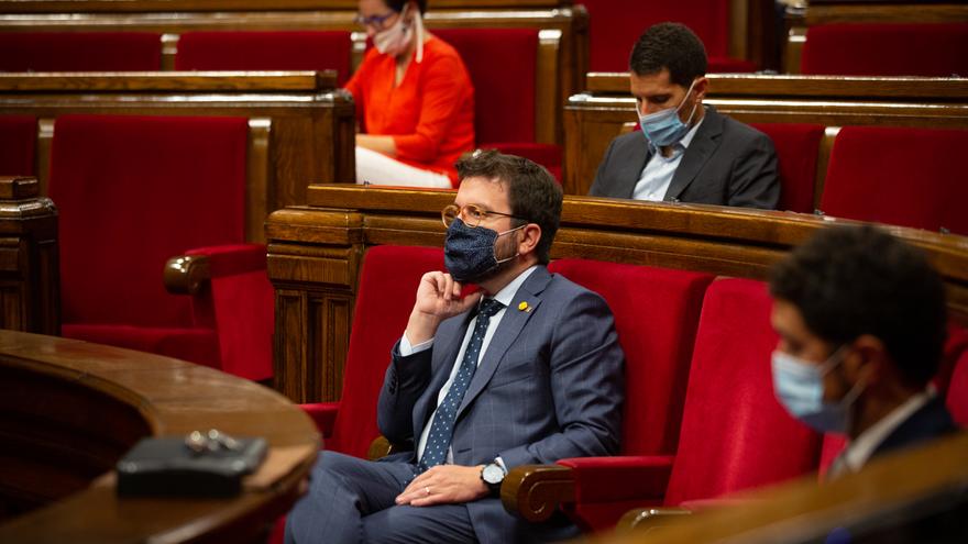 El vicepresidente del Govern, Pere Aragonès, durante el pleno del Parlament. En Barcelona, Cataluña, (España), a 9 de septiembre de 2020. Este pleno da comienzo a un nuevo curso político tras el periodo vacacional de agosto en el que se votará la ley que