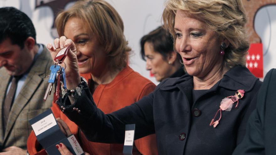 Esperanza Aguirre entrega las llaves de la mayor promoción de vivienda pública en 2011 de la Comunidad de Madrid.