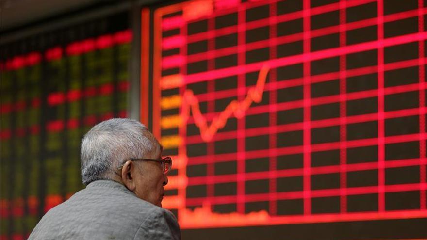 Índice Hang Seng sube 0,12 por ciento, a media sesión