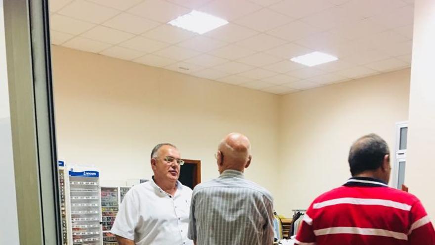 Varios miembros de la ejecutiva del comité local de CC en Los Llanos de Aridane han mantenido una reunión con la directiva de Cáritas de Los Llanos de Aridane. En la imagen, Juan Ramón Rodríguez Marín, presidente del comité local.