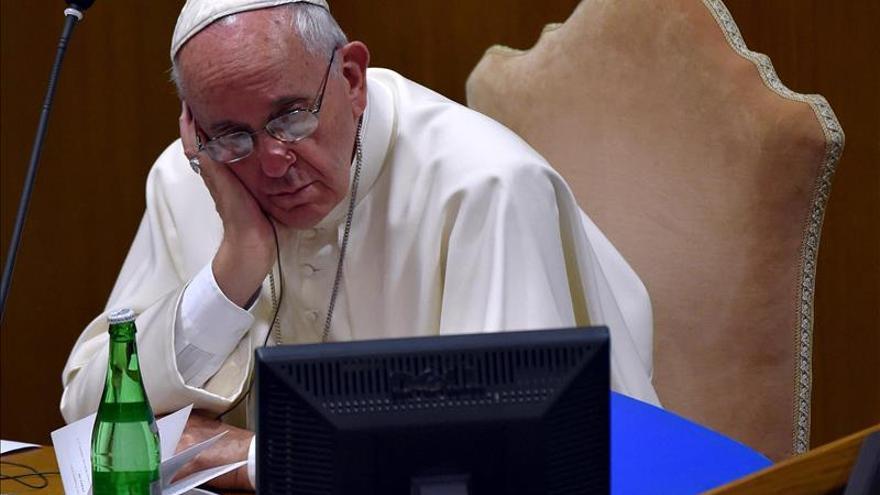 El Papa invita a los participantes del Sínodo a no centrarse en los tema de divorciados
