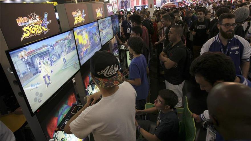 Los adultos españoles creen que los videojuegos no son solo para jóvenes