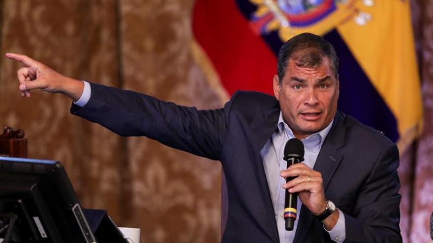 """Ecuador denuncia que Anonymus trató de """"hackear"""" cuentas de la Presidencia"""