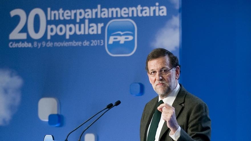 """Rajoy pide al PP andaluz """"dar la cara"""" y trabajar ya para ganar con mayoría absoluta las elecciones autonómicas"""