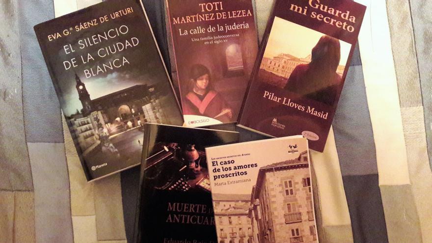 Algunas de las novelas ambientadas en Vitoria-Gasteiz.