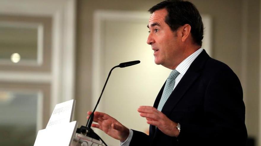 La CEOE insiste en explorar otras opciones de Gobierno más estables y moderadas