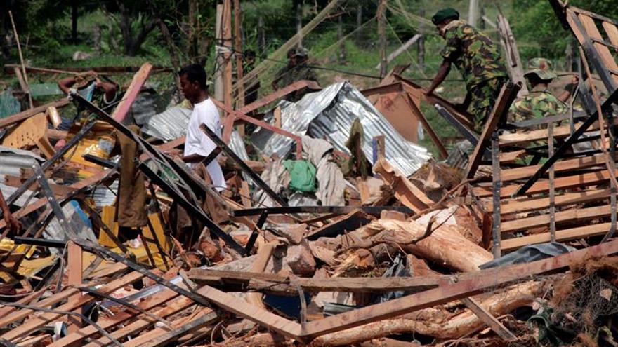 Al menos 25 muertos y unos 280 heridos en serie de explosiones en Sri Lanka