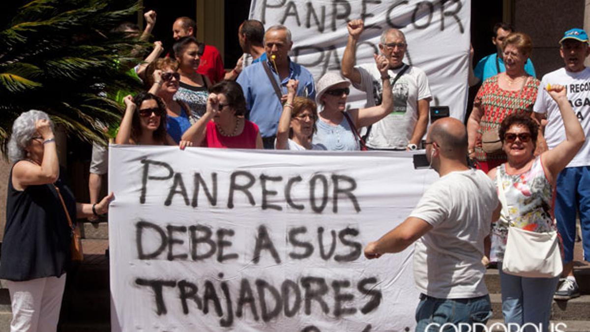 Protesta de trabajadores de Pan Recor en el año 2015