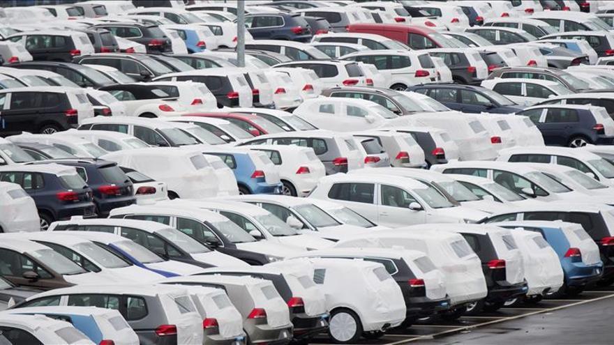 Brasil multa a Volkswagen por manipular las emisiones de gases de sus vehículos