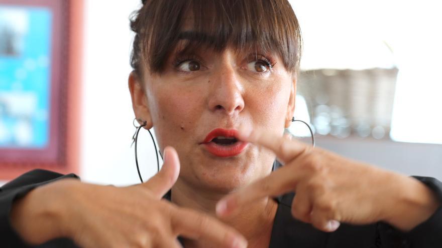 """Candela Peña pide """"socorro"""" a la policía en las redes sociales por ciberacoso"""