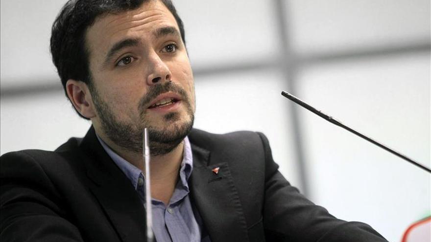 Garzón ve que Pérez y Gordo eluden el interés ciudadano y por eso le difaman