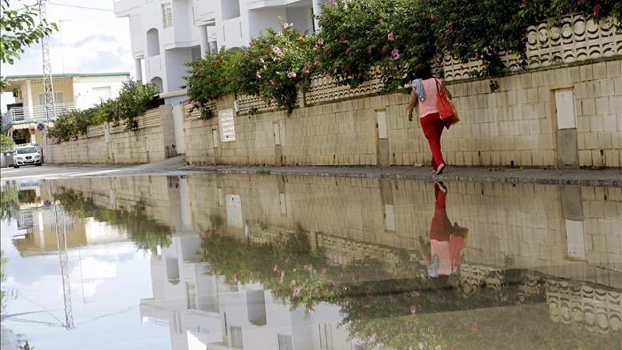 El Gobierno destina ayudas para reparar daños en la costa mediterránea y Canarias