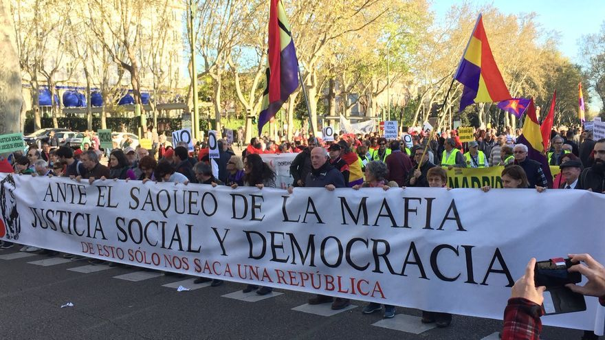 Manifestación contra las cuentas del Gobierno