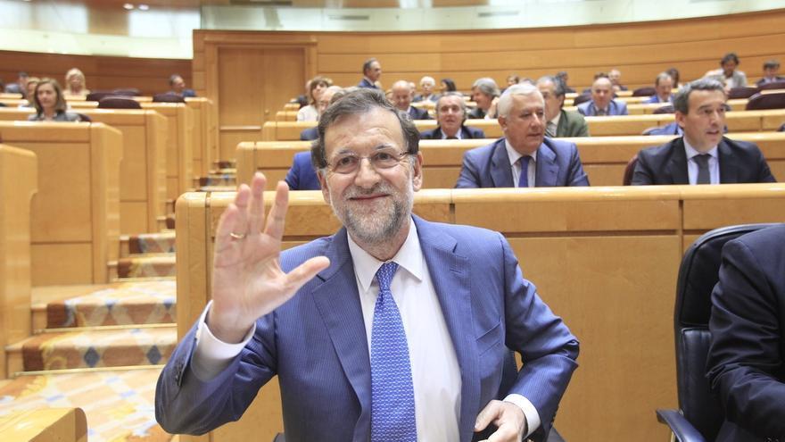 """El PSOE pregunta a Rajoy en el Senado si """"sigue pensando que su problema"""" son los medios de comunicación"""