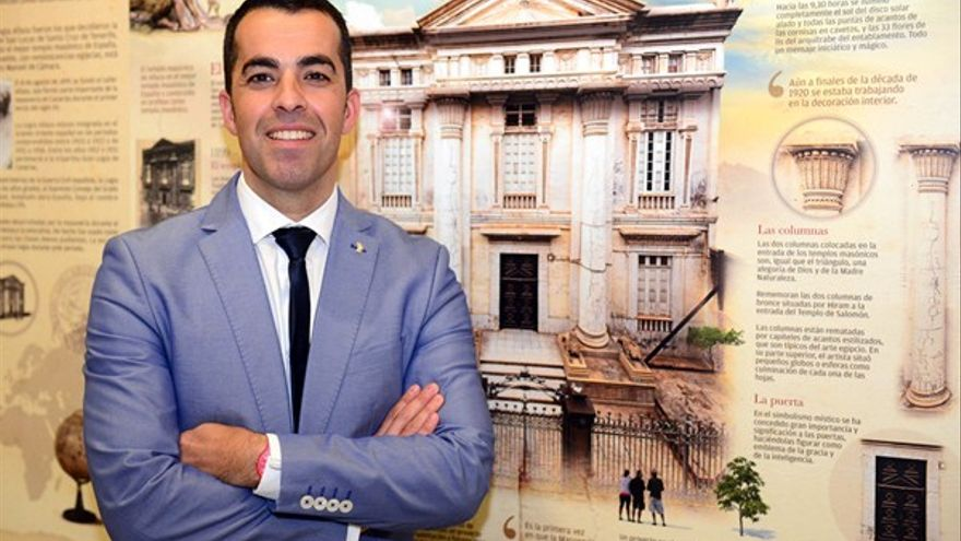 Florentino Guzmán, en su etapa de concejal del PSOE en Santa Cruz