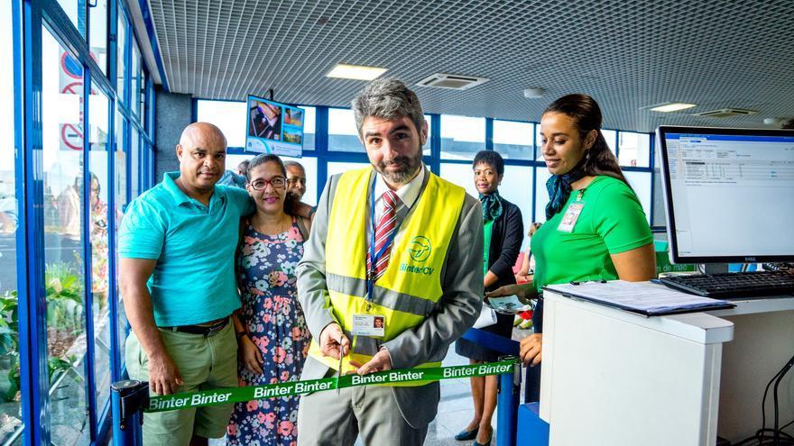 Inicio oficial de los vuelos de Binter en Cabo Verde