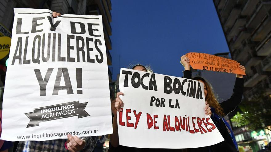 Protesta en 2017 para pedir la aprobación de la Ley de alquileres