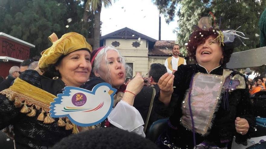 Las tres Magas de Enero han recorrido las calles de Valencia este domingo