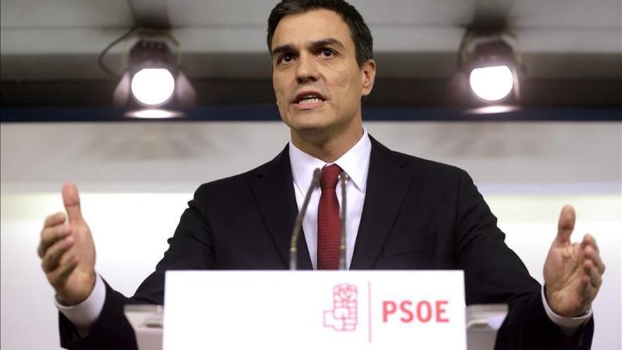 """Sánchez dice """"no"""" a Rajoy y buscará un gobierno de cambio que evite elecciones anticipadas"""