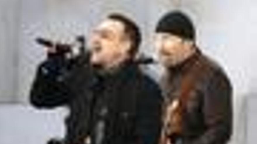 U2 conmemorará la caída del muro con un concierto gratuito en la Puerta de Brandenburgo
