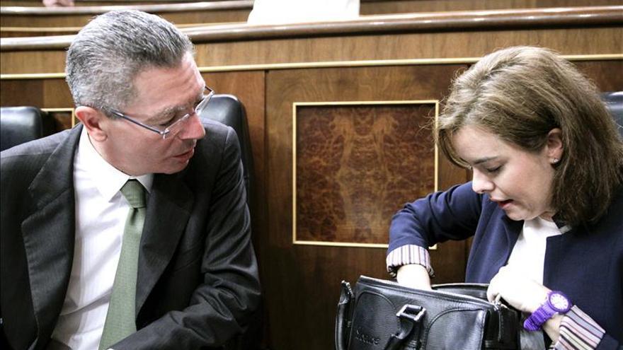 Gallardón defiende una reforma más drástica, un diputado por circunscripción