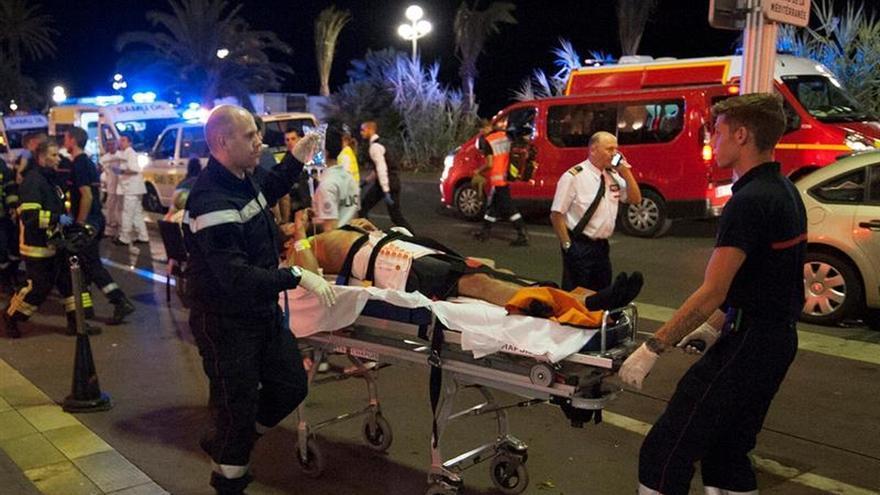 Al menos 84 muertos y 18 heridos en estado crítico en el atentado de Niza